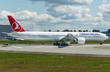 TC-JJZ - Turkish Airlines Boeing 777-300ER