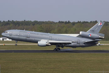 T-235 - Netherlands - Air Force McDonnell Douglas KDC-10