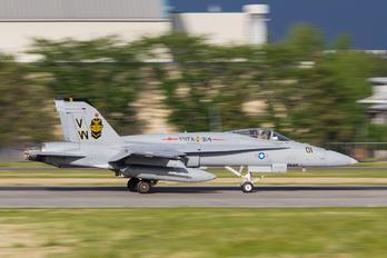162400 - USA - Marine Corps McDonnell Douglas F/A-18C Hornet