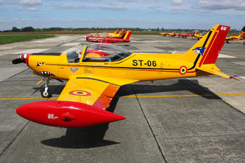 "ST-06 - Belgium - Air Force ""Hardship Red"" SIAI-Marchetti SF-260"