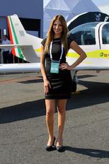 - - Grob Aerospace - Aviation Glamour - Model