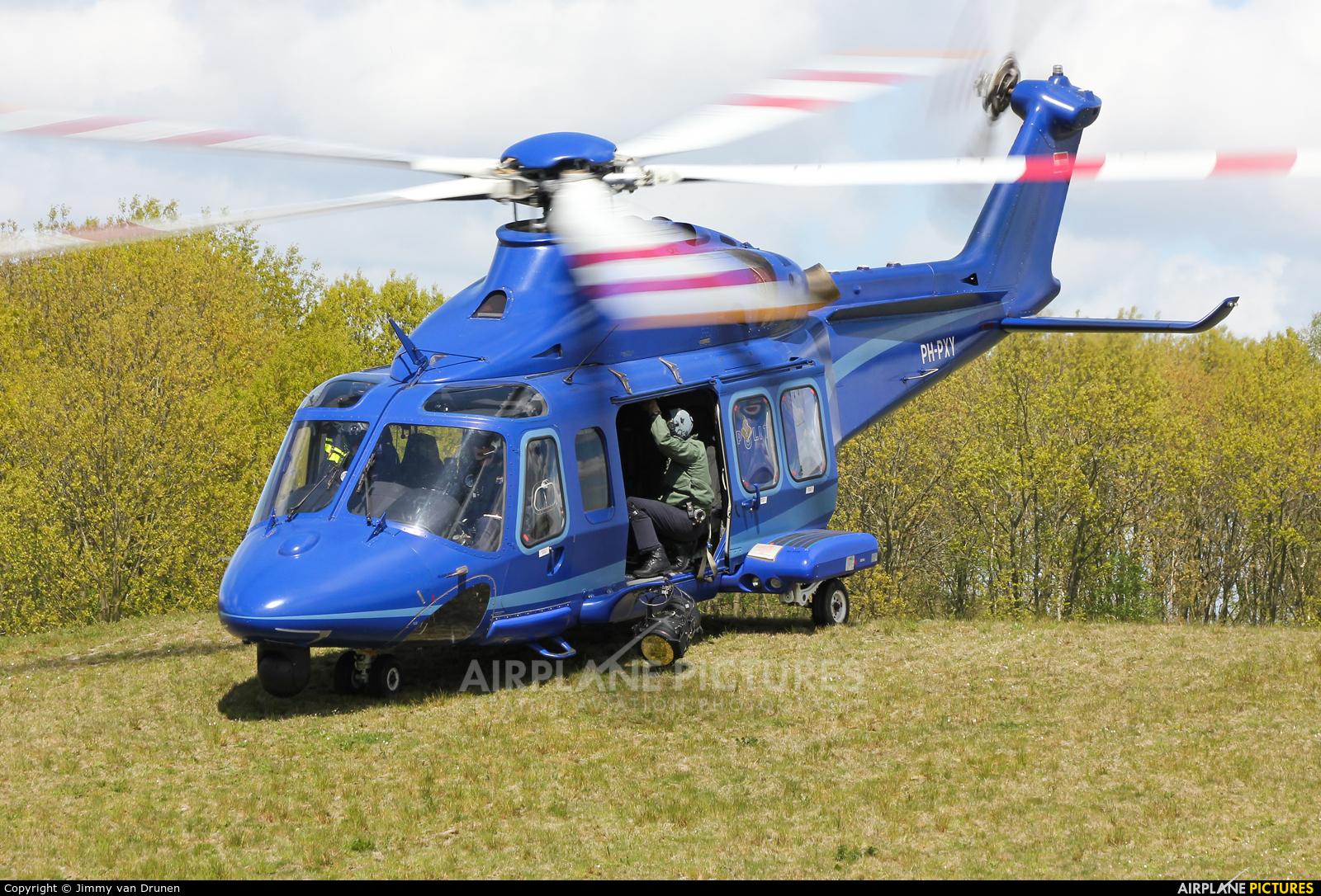 Agusta Westland - AW 139 K Hollan Van Z Kaia Real