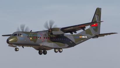 8903 - Vietnam - Air Force Casa C-295M
