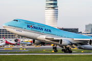 HL7460 - Korean Air Boeing 747-400 aircraft