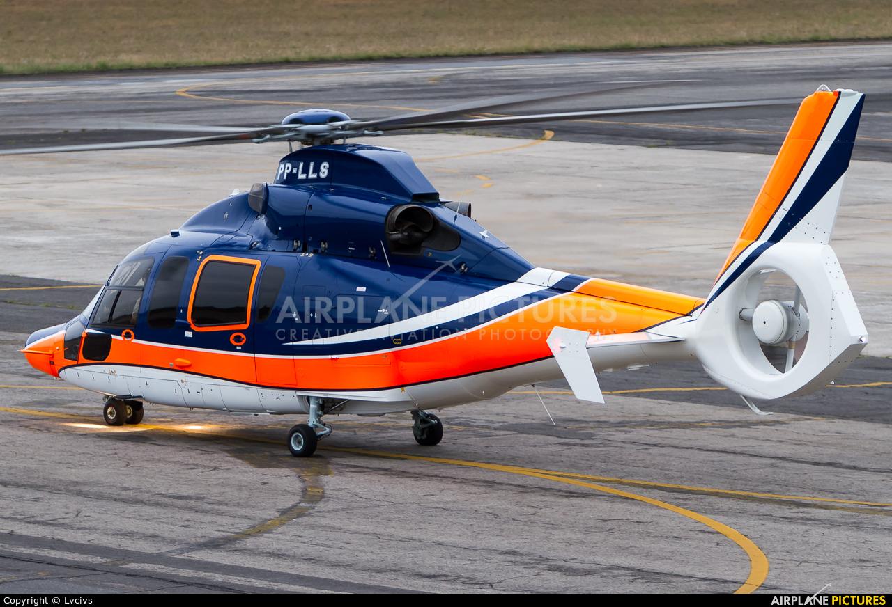 Private PP-LLS aircraft at Rio de Janeiro/Jacarepagua - Roberto Marinho