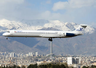 EP-MDD - Iran Air Tours McDonnell Douglas MD-82