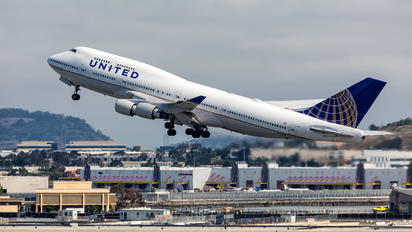 N120UA - United Airlines Boeing 747-400
