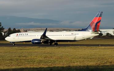 N821DN - Delta Air Lines Boeing 737-900ER