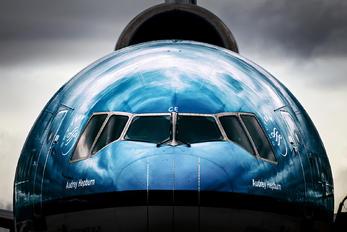 PH-KCE - KLM McDonnell Douglas MD-11