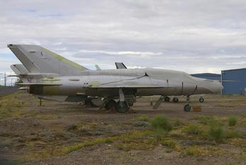 - - Unknown Mikoyan-Gurevich MiG-21UM