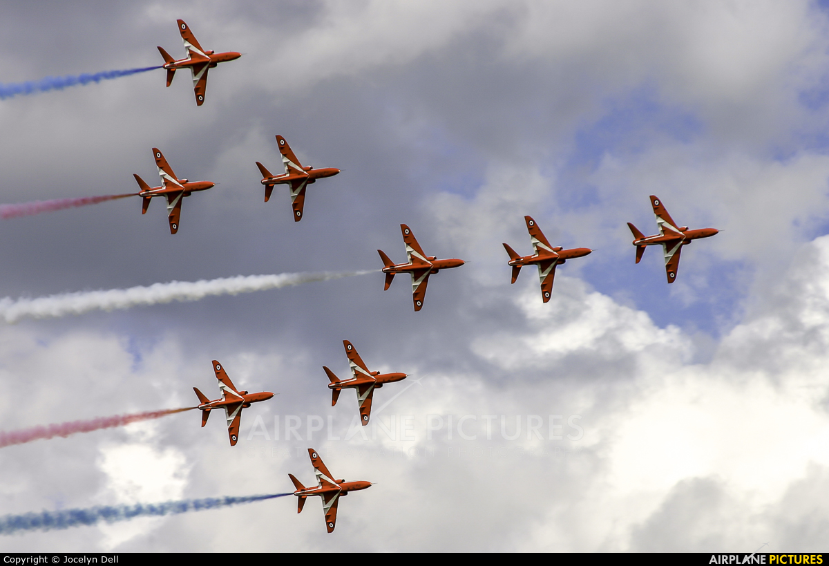 "Royal Air Force ""Red Arrows"" - aircraft at Salon-de-Provence"