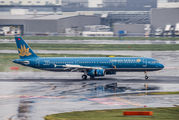 VN-A334 - Vietnam Airlines Airbus A321 aircraft
