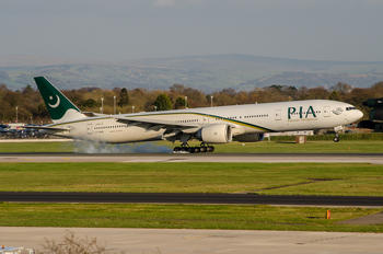 AP-BHV - PIA - Pakistan International Airlines Boeing 777-300ER