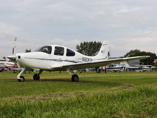 N80KW - Private Cirrus SR22