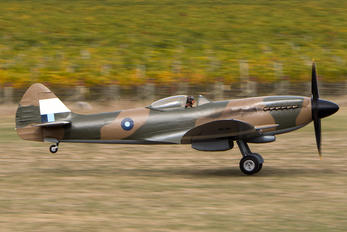 ZK-XIV - Private Supermarine Spitfire FR.XIVe