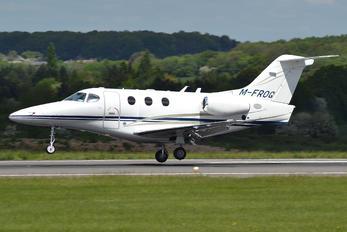M-FROG - Private Hawker Beechcraft 390 Premier