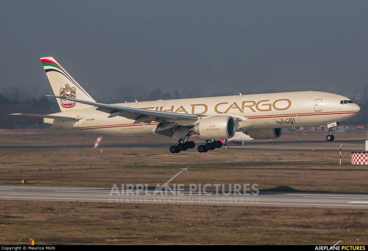 Etihad Cargo A6-DDB aircraft at Düsseldorf