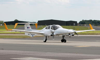 G-DSPY - Diamond Aircraft Industries Diamond DA 42 Twin Star