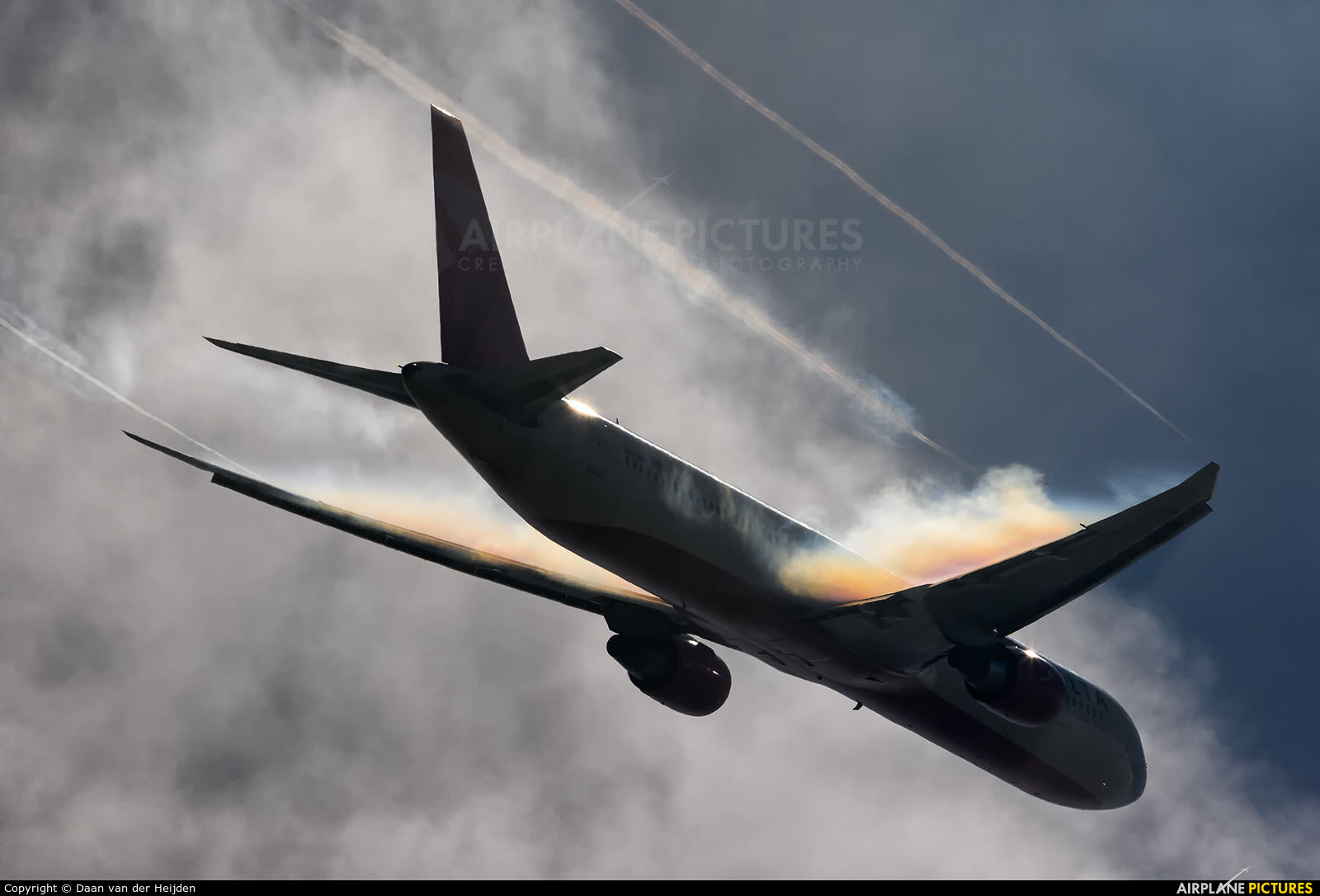 Delta Air Lines N845MH aircraft at Amsterdam - Schiphol