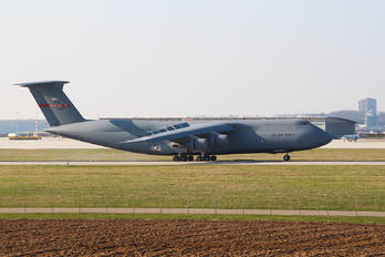 870031 - USA - Air Force Lockheed C-5B Galaxy