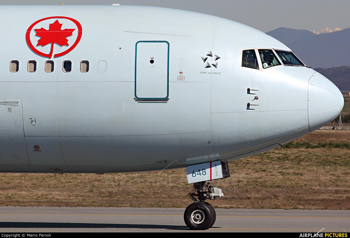 Air Canada C-GEOU aircraft at Milan - Malpensa