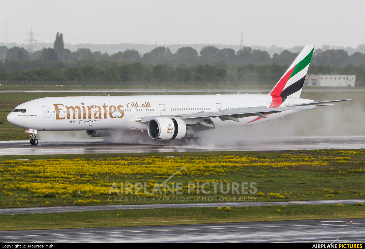 Emirates Airlines A6-EBN aircraft at Düsseldorf
