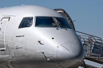 N411YX - American Eagle Embraer ERJ-175 (170-200)