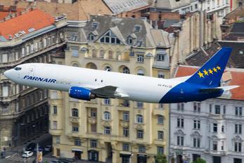 HA-FAU - Farnair Europe Boeing 737-400F