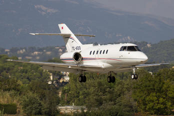 TC-ADO - Private Raytheon Hawker 800XP