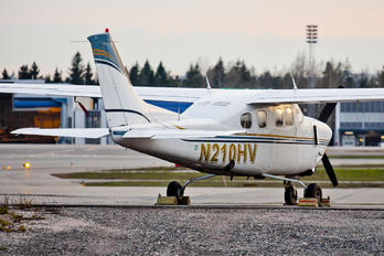 N210HV - Private Cessna P210N Pressurized Centurion II