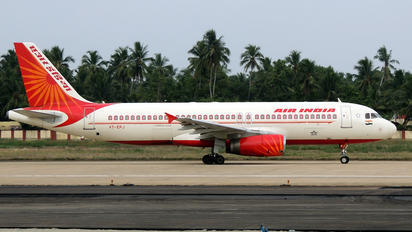 VT-EPJ - Air India Airbus A320