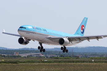 HL8276 - Korean Air Airbus A330-200