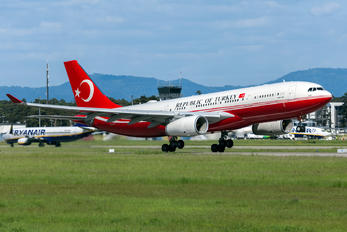 TC-TUR - Turkey - Government Airbus A330-200