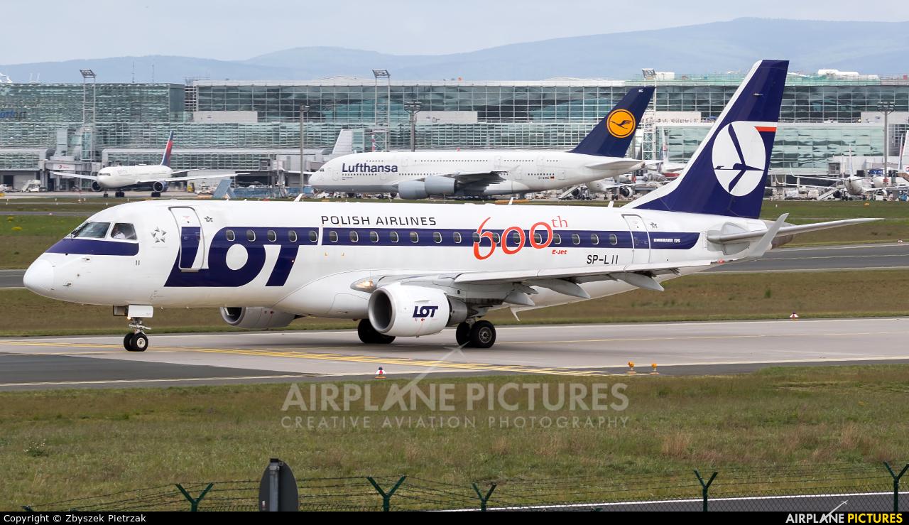 LOT - Polish Airlines SP-LII aircraft at Frankfurt
