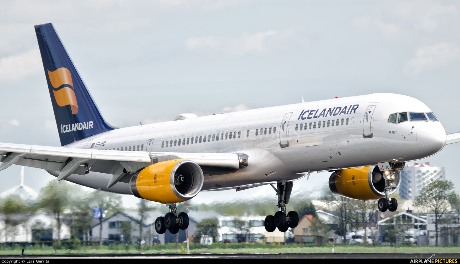 Icelandair TF-FIC aircraft at Amsterdam - Schiphol