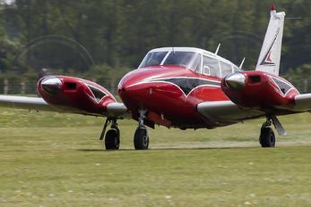 N8326Y - Private Piper PA-30 Twin Comanche