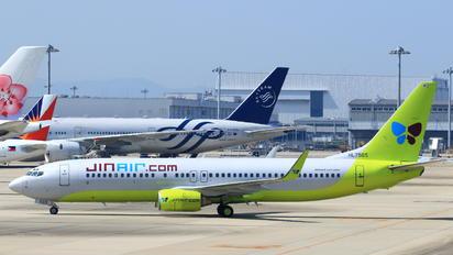 HL7565 - Jin Air Boeing 737-800