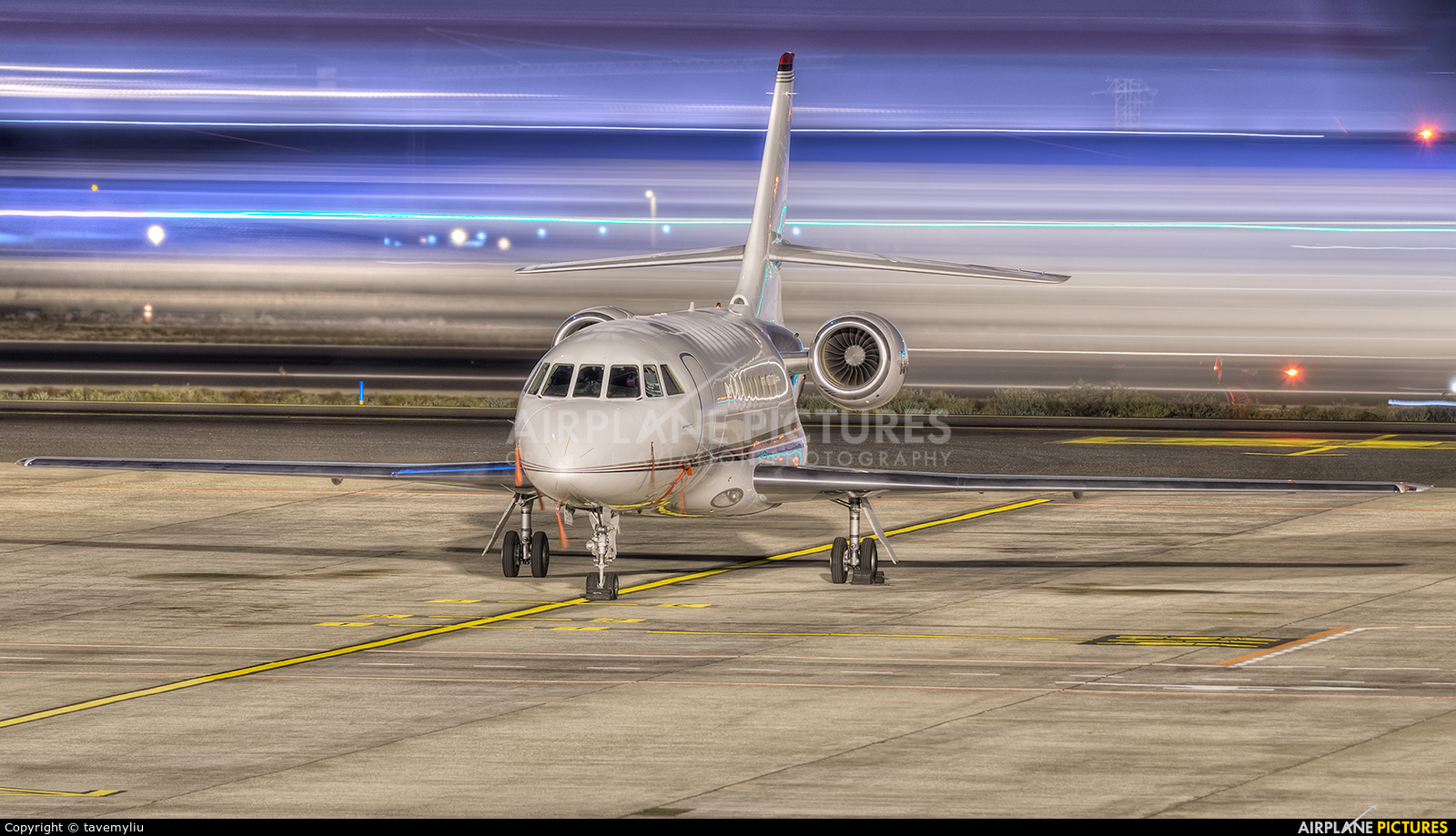NetJets Europe (Portugal) CS-DFF aircraft at Tenerife Sur - Reina Sofia