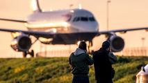 - - British Airways Airbus A319 aircraft