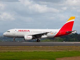EC-MFO - Iberia Airbus A319