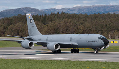 38884 - USA - Air Force Boeing KC-135R Stratotanker
