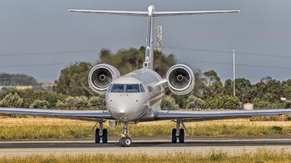 HZ-A13 - Private Gulfstream Aerospace G-IV,  G-IV-SP, G-IV-X, G300, G350, G400, G450