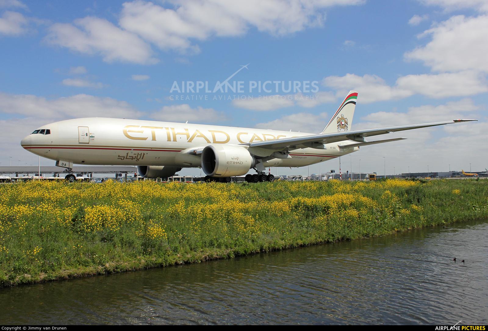 Etihad Cargo A6-DDA aircraft at Amsterdam - Schiphol