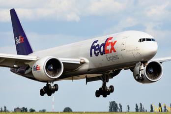 N859FD - FedEx Federal Express Boeing 777F
