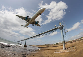 SE-RDP - Novair Airbus A321
