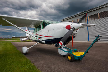 D-ENVF - Private Cessna 182 Skylane (all models except RG)