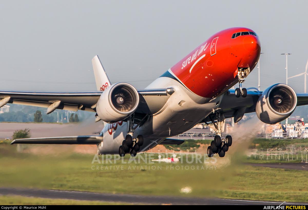 TNT OO-TSB aircraft at Liège-Bierset