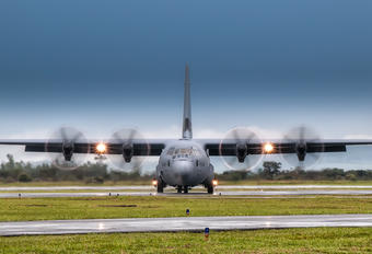 130608 - Canada - Air Force Lockheed CC-130J Hercules
