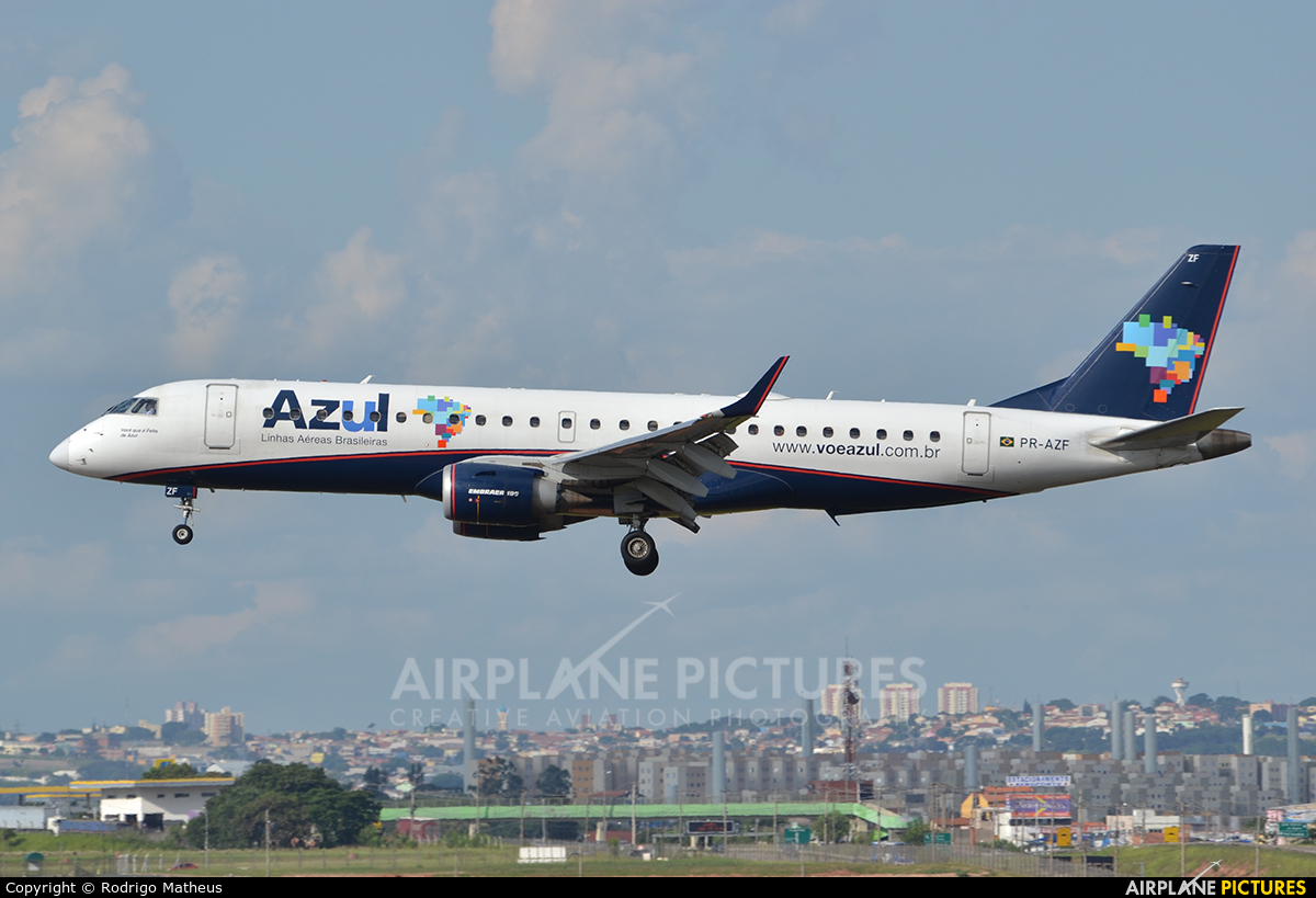 Azul Linhas Aéreas PR-AZF aircraft at Campinas - Viracopos Intl