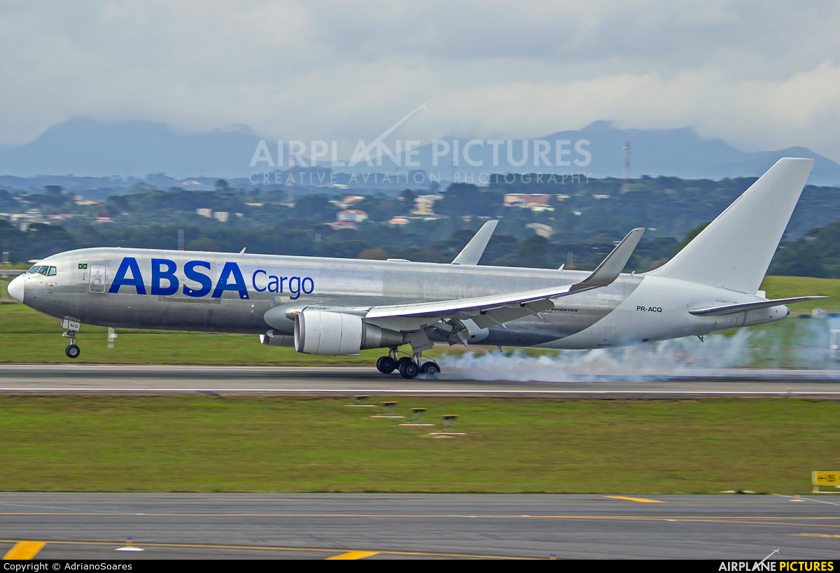 ABSA Cargo PR-ACQ aircraft at Curitiba -  Afonso Pena
